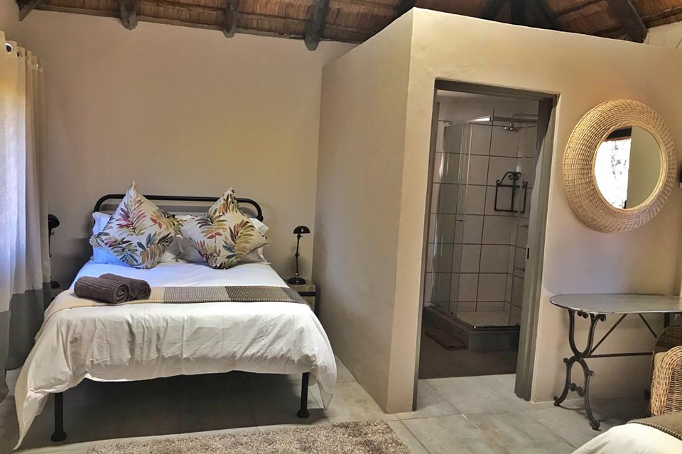 Khamkirri | Northern Cape | Kalahari | South Africa | Accommodation | Riverside | Camping | Wedding Venue | Conferencing | Corporate | Team Building | Restaurant | Bar | Kakamas